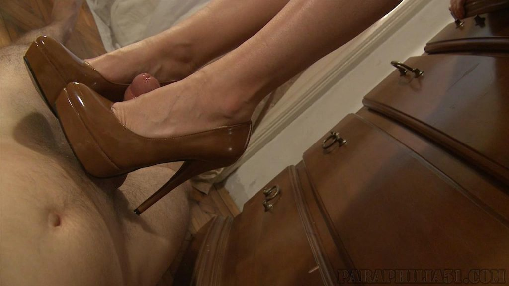 You Want to Fuck My Shoes – Paraphilia51
