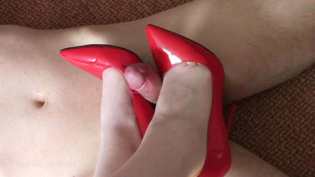 RED FUCK ME PUMP SHOEJOB – Shiny Shoejobs