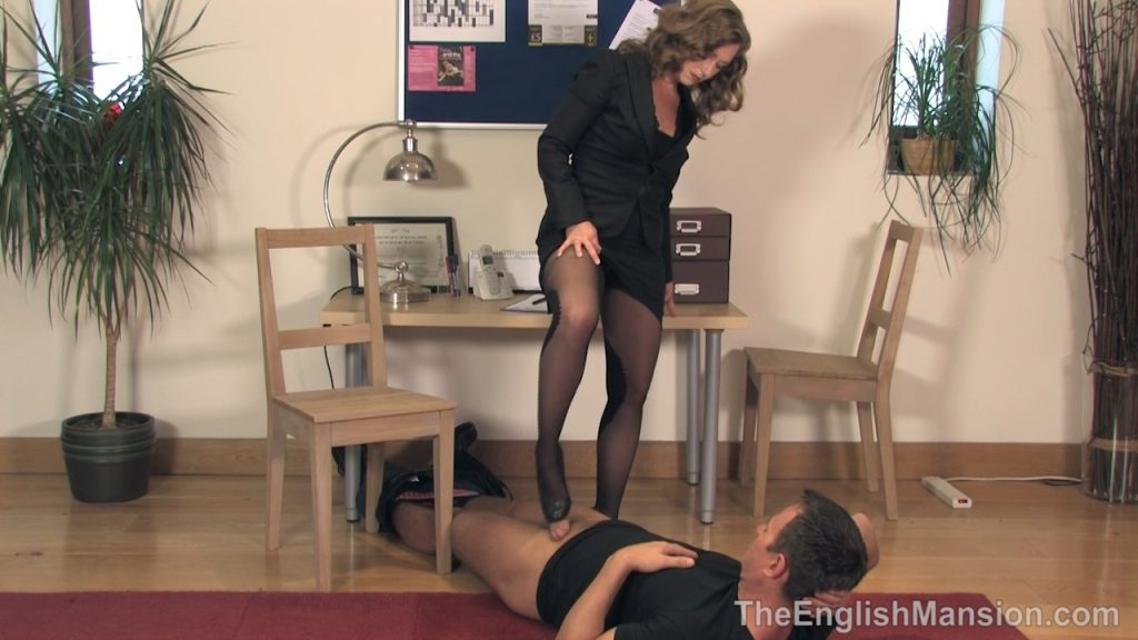Lady Boss Shoejob Humiliation – Mistress T