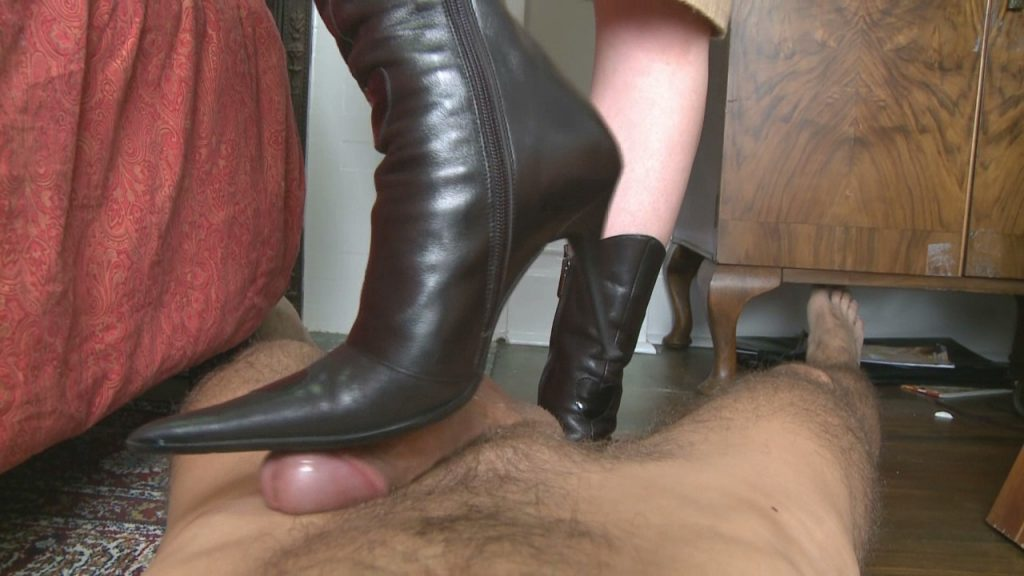 Ass Fucking Bootjob – Mistress T