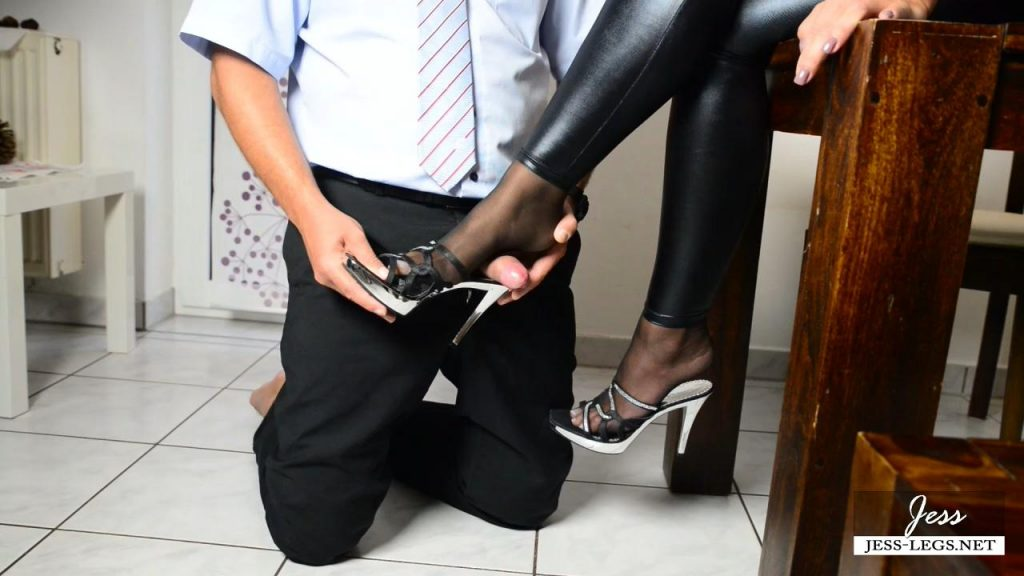 Slave milking Therapy – Jess-Legs
