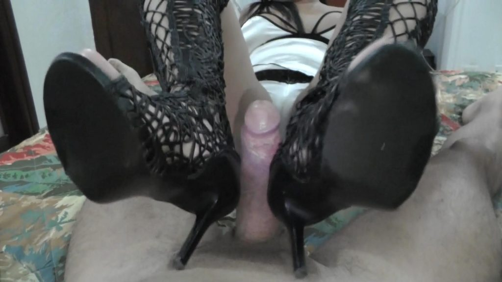 Fetishist Boots Doing Footjob – Latin Domination Goddesses