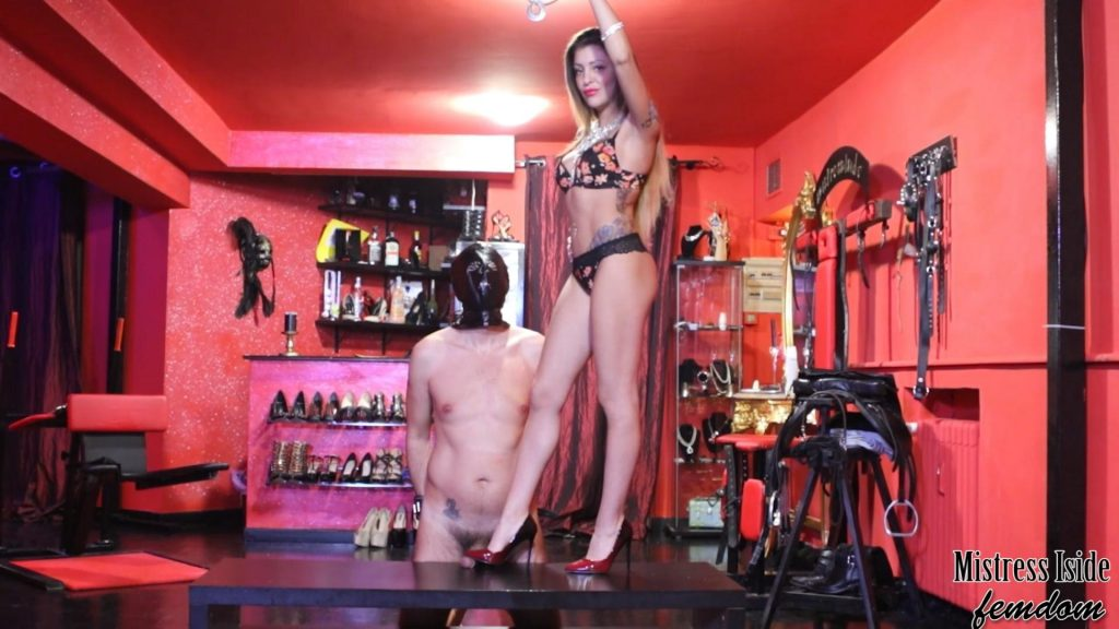 Shoejob With Louboutin – Mistress Iside – Mistress Eden