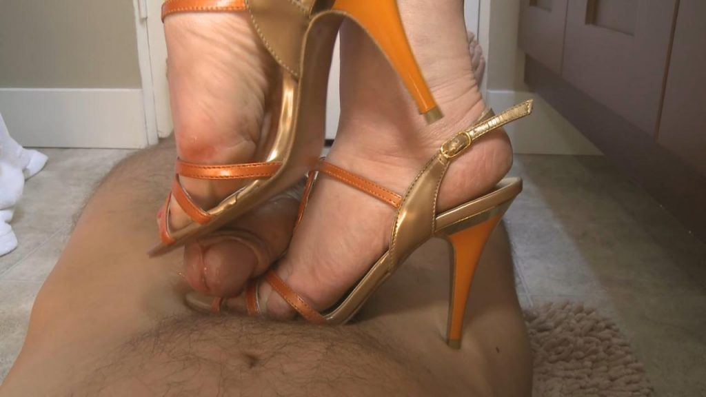 Pretty Shoejob – Paraphilia51