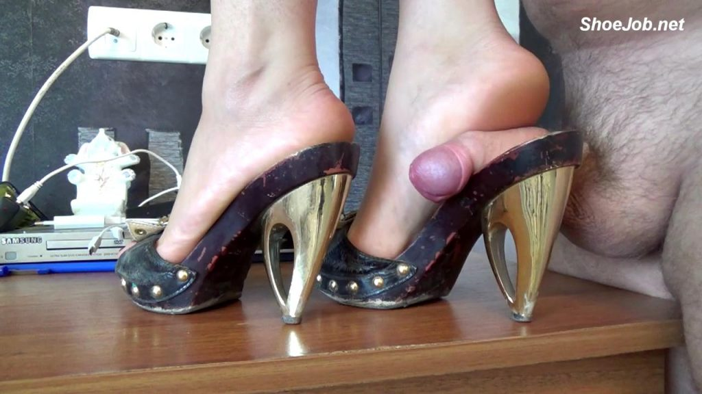 Stomp Dick Underfoot In Sandals – Natali's Burning Passionate Panther