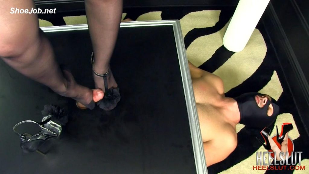 Slut In A Shoe Box – Heel Slut
