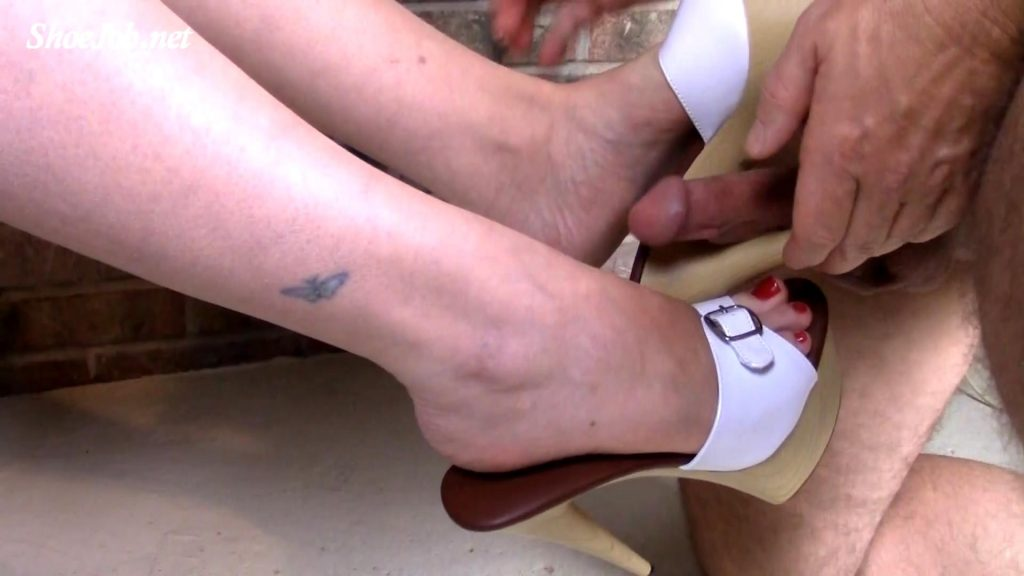 I let my slave fuck my feet and my mules… he fucked my toes, arches, the shoes and came all over my sole as it oozed into the shoe!- Jewels foot fantasy gems