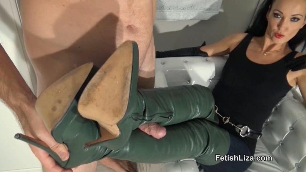 Cum On The Fan's Favourite Boots – Fetish Liza
