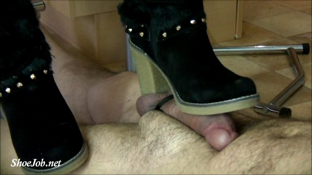 Boots Job And Cumshot In The Kitchen – Lady Alegria`s Footfetish