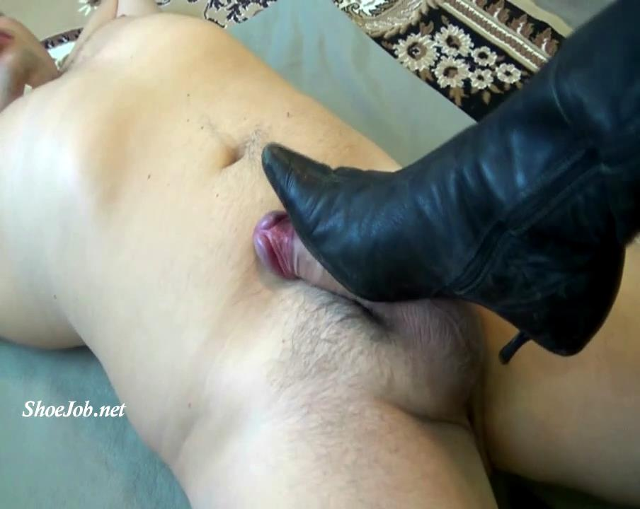 Push His Cock Like An Auto Pedal – Natali's Burning Passionate Panther