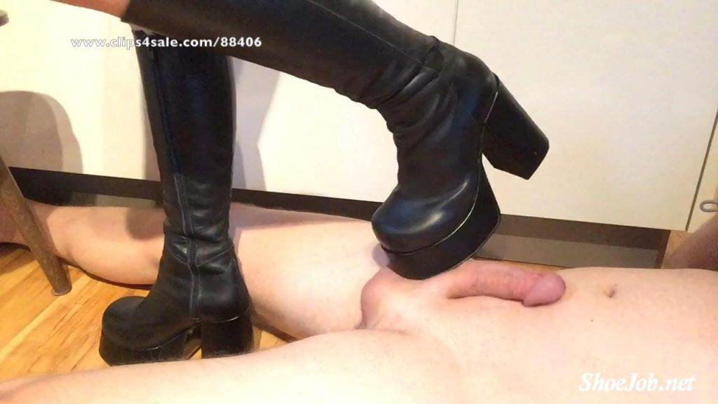 Bootjob/Shoejob in black Buffalo Boots – Tramplegirls Shoejobs and Cockcrush