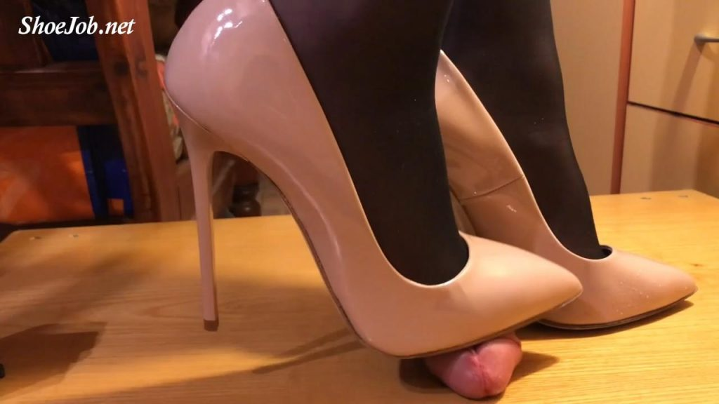 Crushing Shoejob With Nude 12cm Leather – Sinner Fetish Store