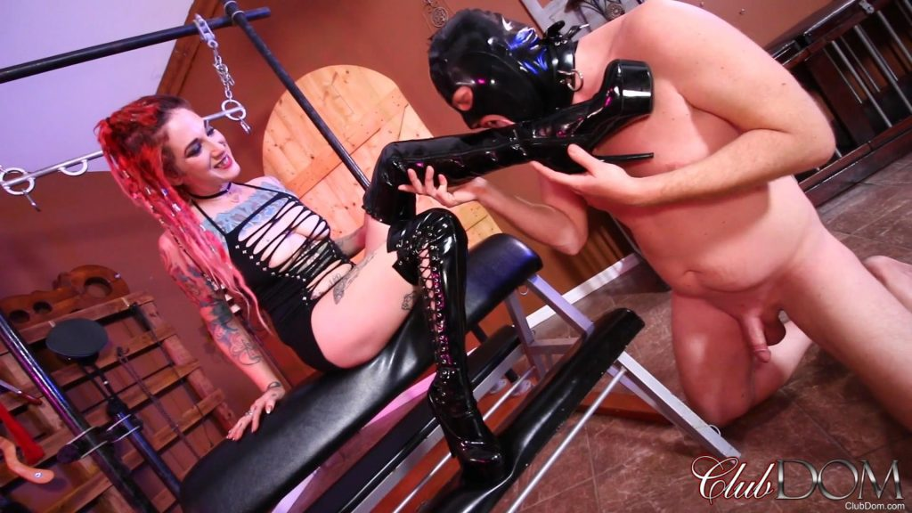 Sully Savage Boot Worship – Clubdom