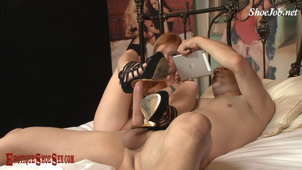 Erotique Shoe (Alex Tanner) – Erotique Shoe Sex