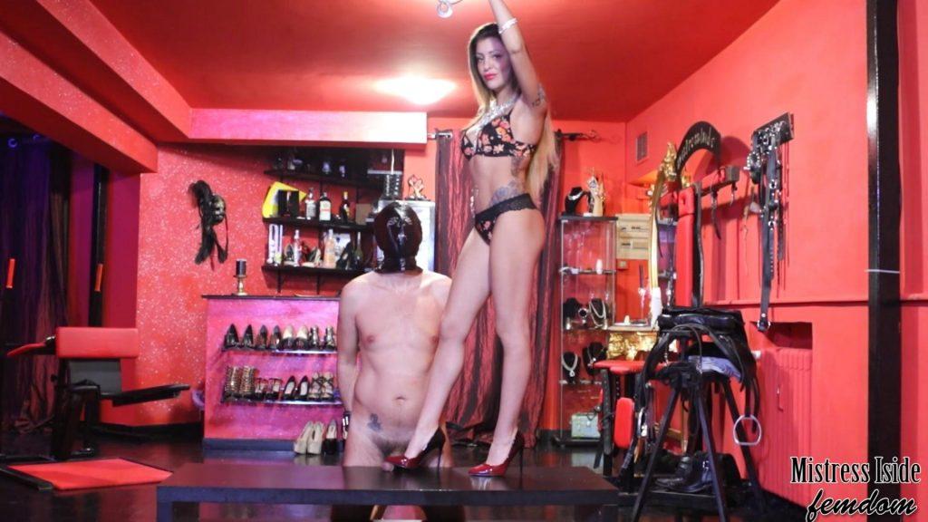 Shoejob With Louboutin – Mistress Iside – Mistress Eden