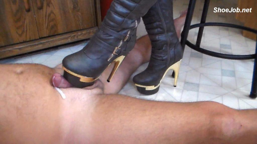 shoe job cum