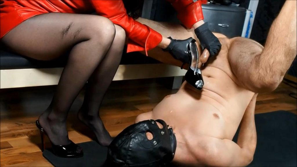 Perverse Handjob With Cum Eating In Red Leather Dress – German Femdom Lady Victoria Valente