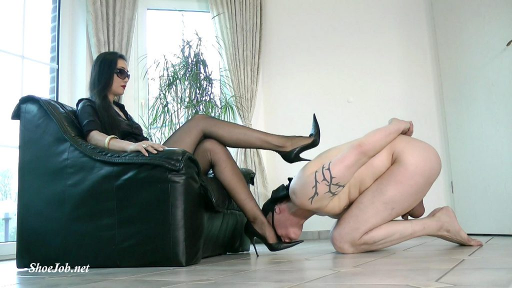 Adore My Sexy Italian Stilettos – Foot Goddess Leyla