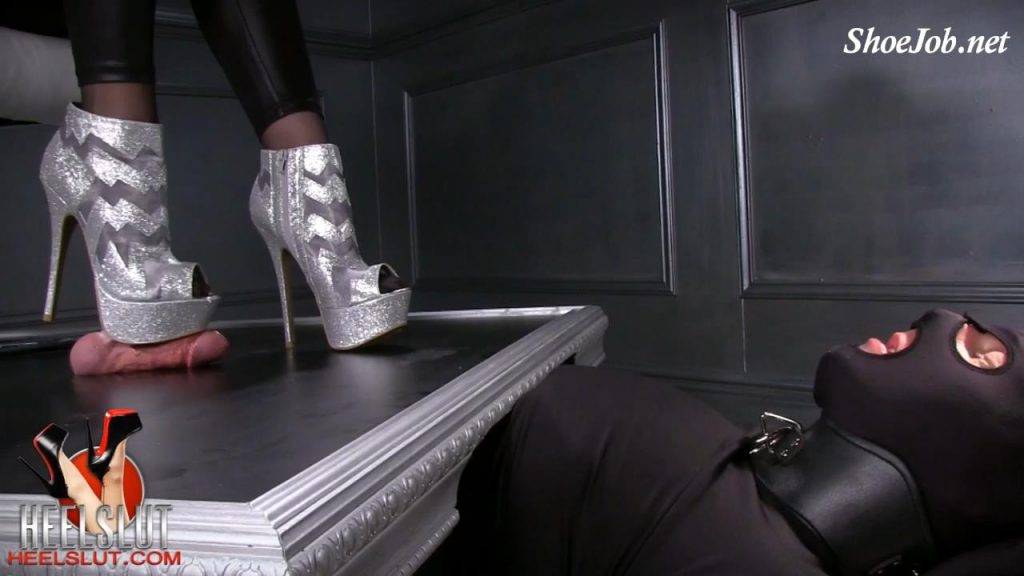 Silver Bootie Shoejob – Heel Slut