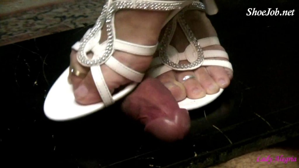 Dominant Shoejob With White Mules – Lady Alegria`s Footfetish