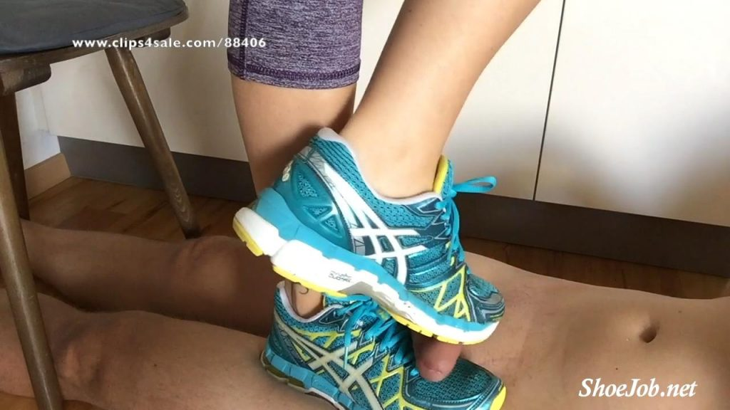 A Shoejob And Cockcrush In Asics And Nike Shox – Multi – Tramplegirls Shoejobs and Cockcrush